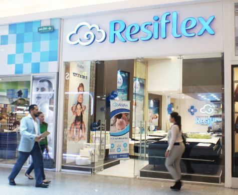 Resiflex mall el jard n for Adidas ecuador quito mall el jardin